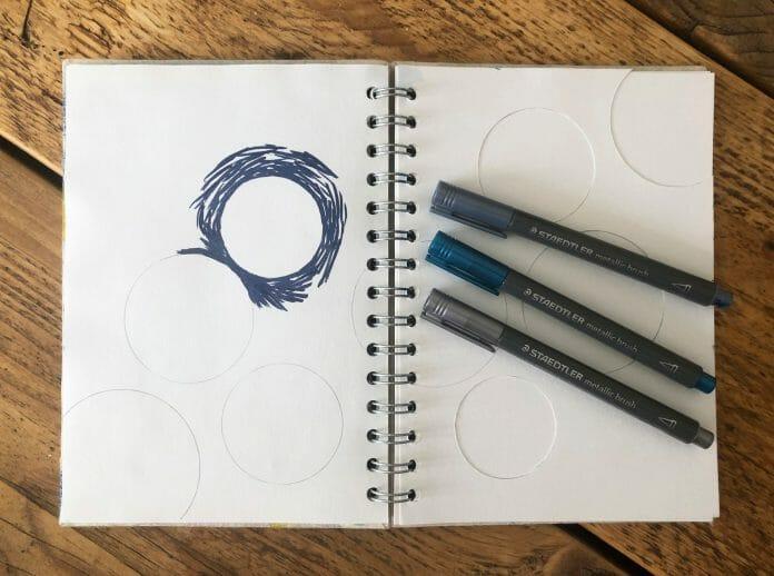 Metalic Brush Pens